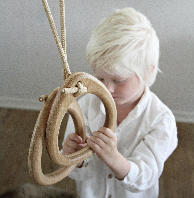 une paire d anneaux de gymnastique